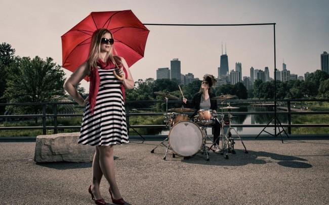 Chicago-Skyline-Engagement-Photo