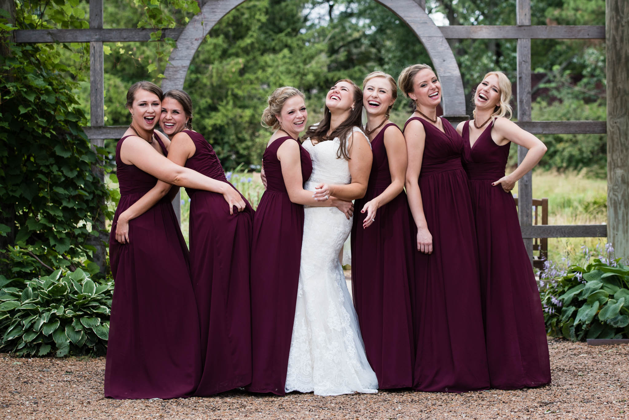 Bridesmaids portrait at Cantigny Park