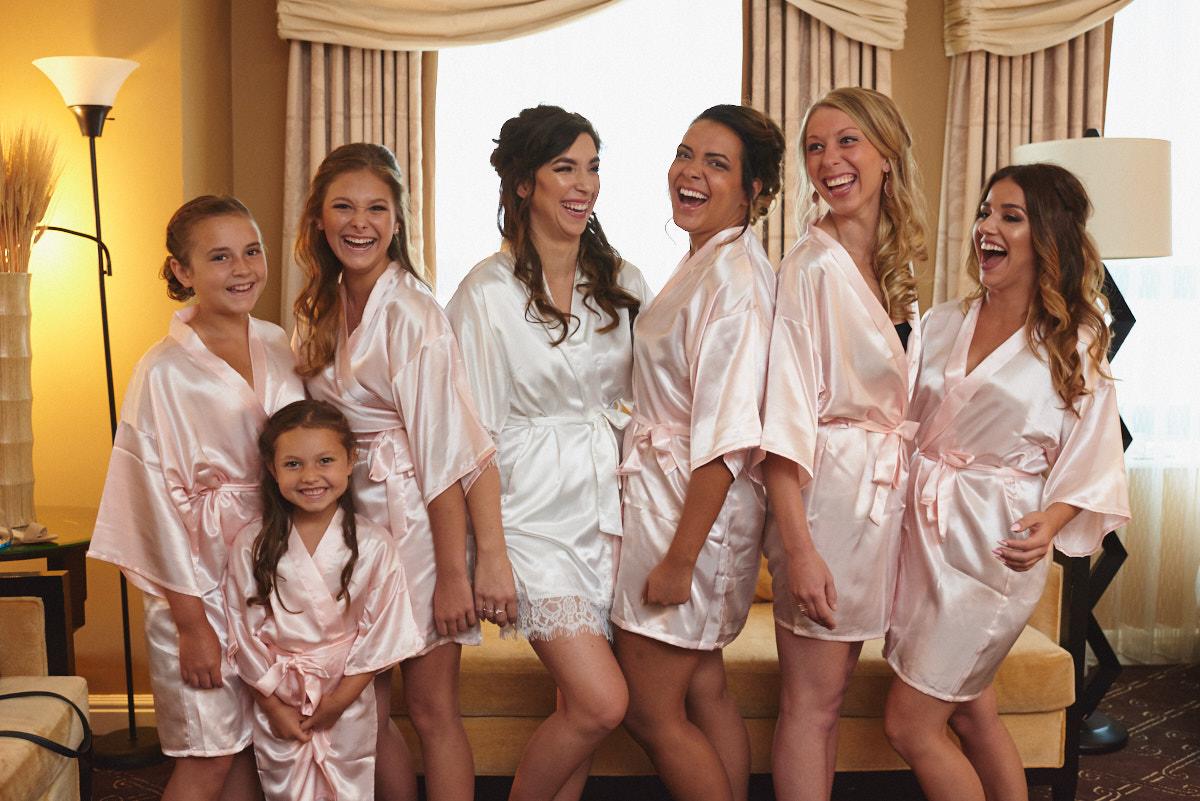 Bridesmaids getting ready at Palmer House