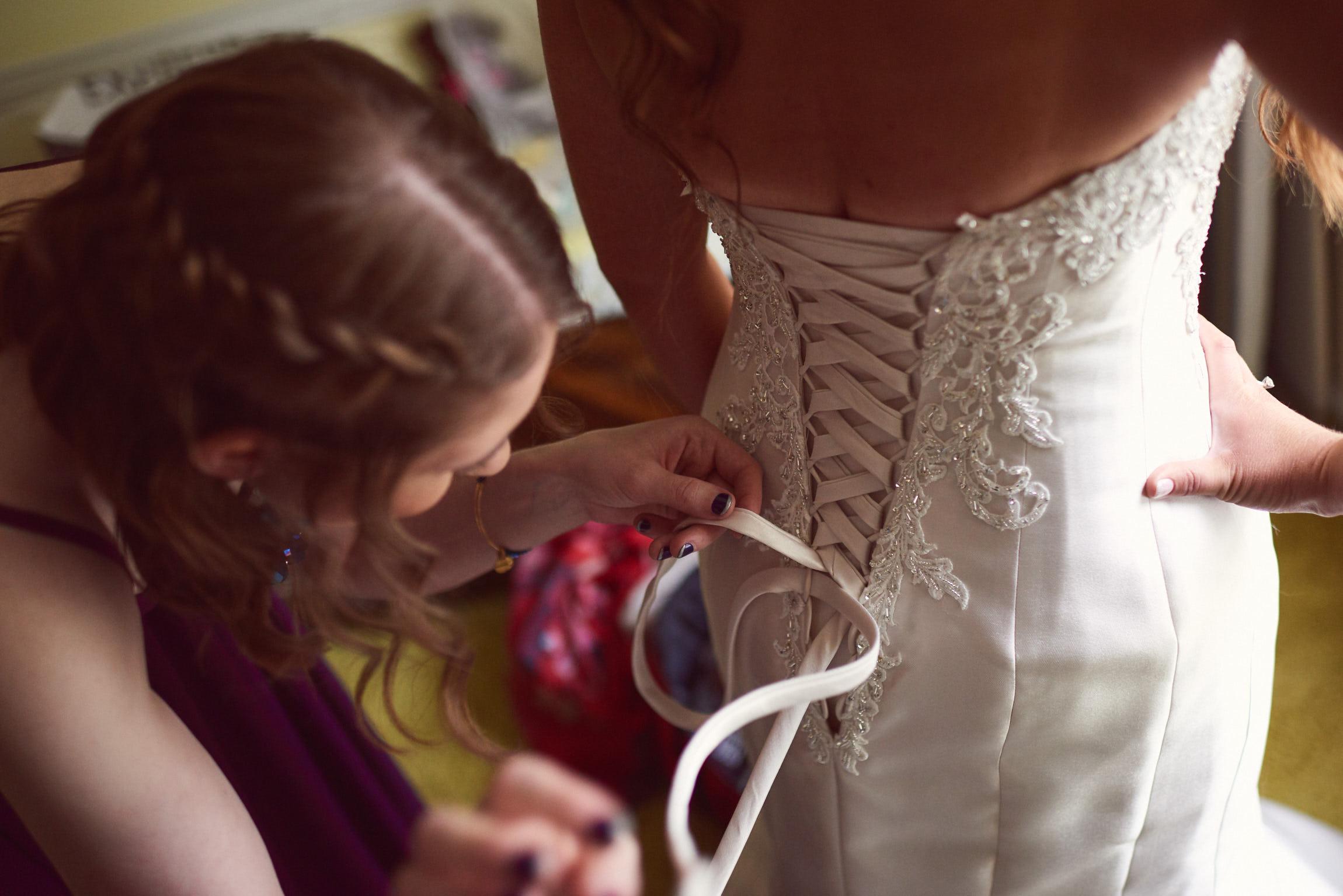 Bride lacing dress